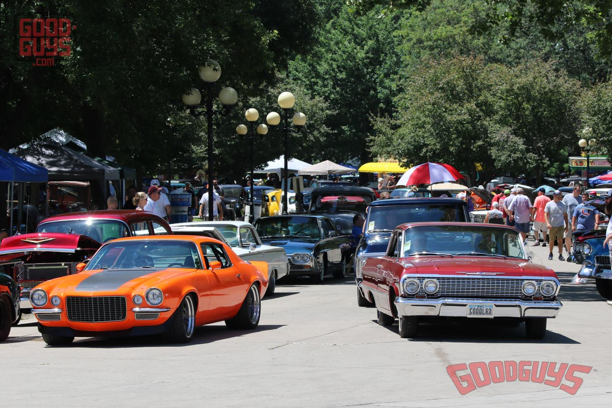 extras from the heartland nationals, goodguys